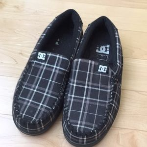 DC size 7 loafers